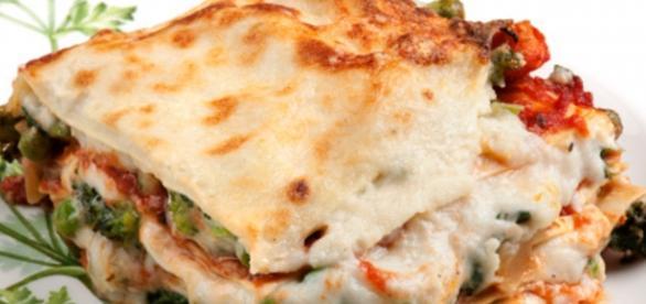 Le lasagne con carne di maiale e zucchine