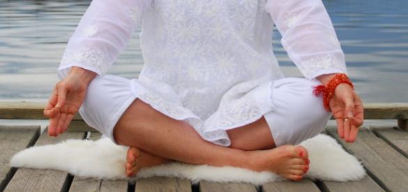 Representação clássica da meditação-Gyan Mudra