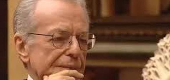 Maestro del periodismo muere por derrame cerebral