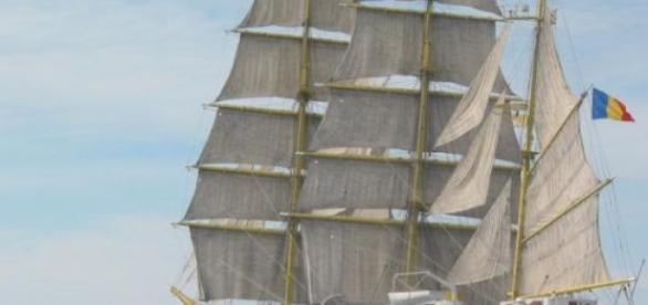 Nava Mircea ajunge în Italia