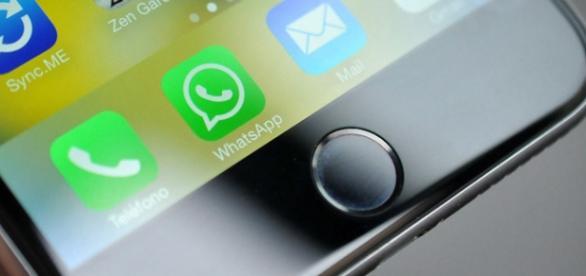 Aplicación WhatsApp en iPhone.