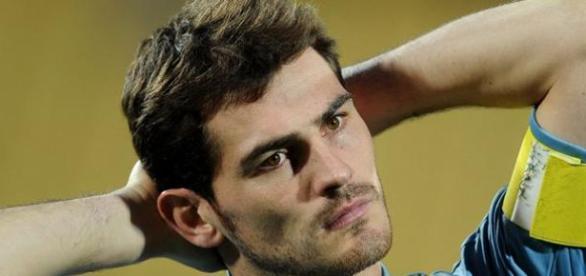 Iker Casillas vai mudar-se para a cidade do Porto