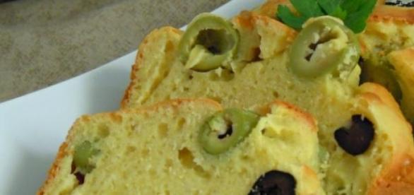 Il plum cake con le olive