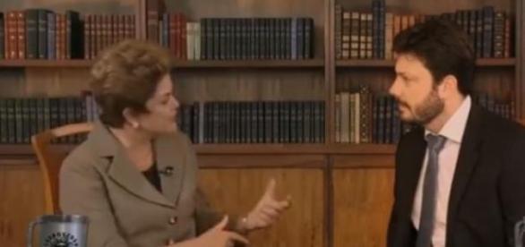 Gentili insiste em falar mal de Dilma