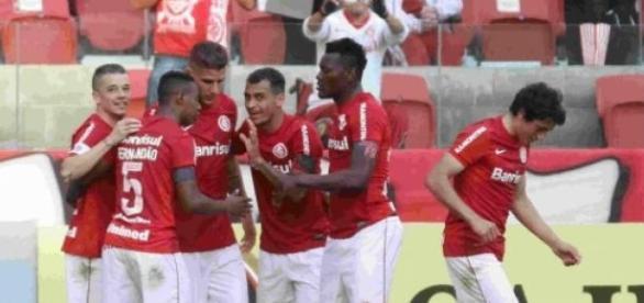 Inter e Flamengo buscam reabilitação no campeonato