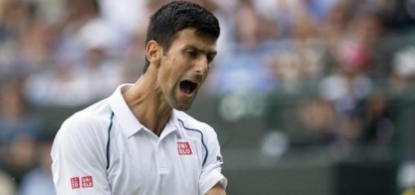 Novak Djokovic perdeu a compostura em Wimbledon