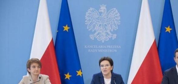 Premier E. Kopacz i jej ministrowie