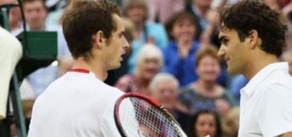 Roger Federer e Murray enfrentam-se na meia-final