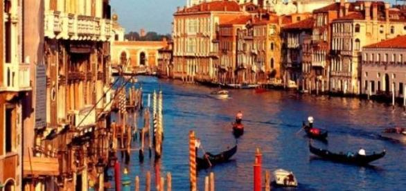 Un tornado en Venecia deja un muerto y 30 heridos
