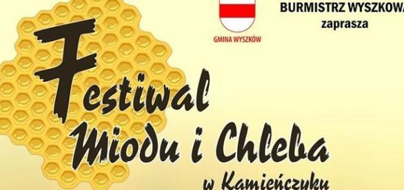 Lokalna Polska ma się dobrze - bawi się i świętuje