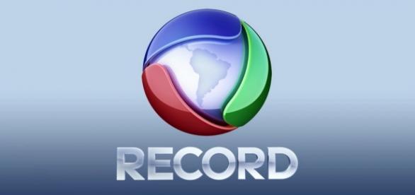 Record é esculachada ao vivo por delegado