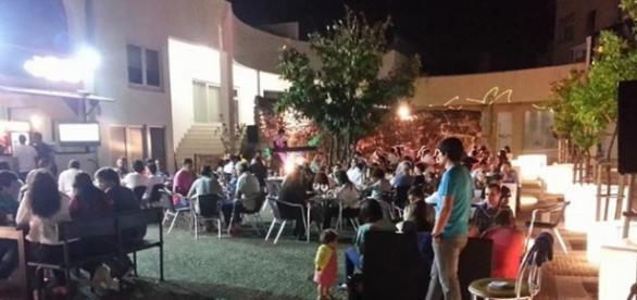Areacaffe em pleno Pátio das Laranjeiras.