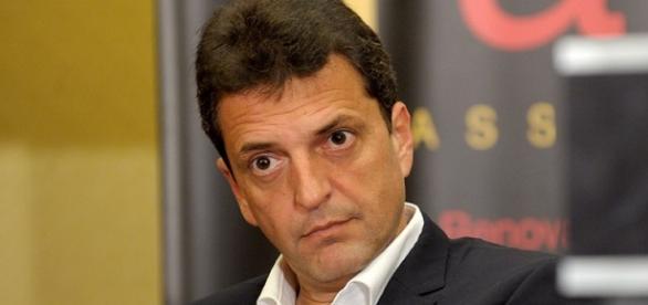 Massa, candidato a presidente por UNA