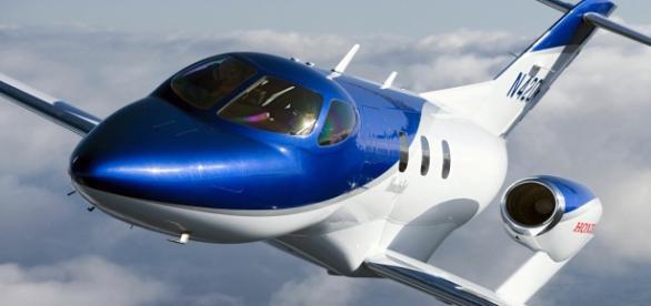 Este é o HA-420, o HondaJet: viagens a 480 km/h