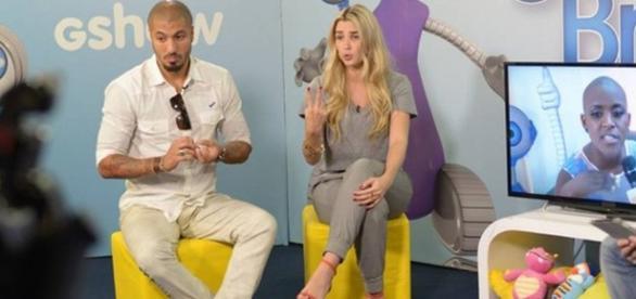 Aline e Fernando discutem no Projac