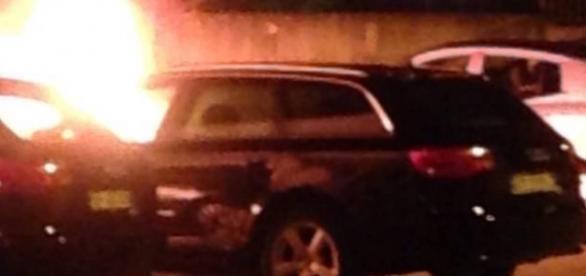 Maşina unui român a ars în toiul nopţii