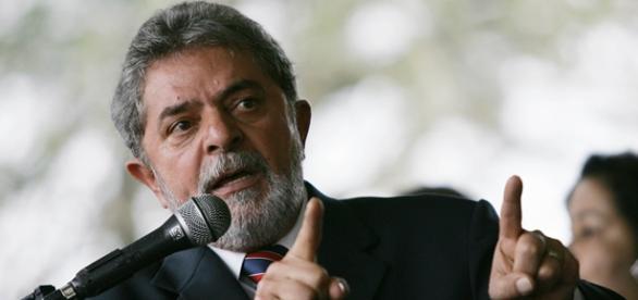 Empreiteiras investigadas pagaram Lula