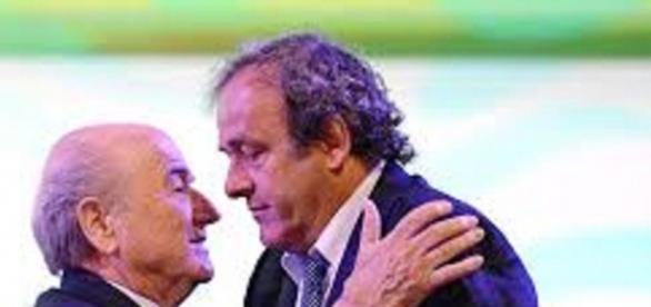 Blatter kontra Platini - bloomberg.com