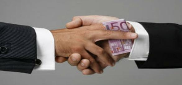 Estudos procuram os governantes mais corruptos.
