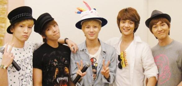 Grupo sul coreano Shinee em foto