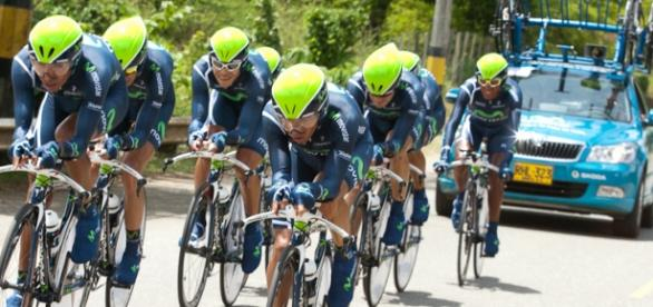 El Movistar Team en una contrarreloj