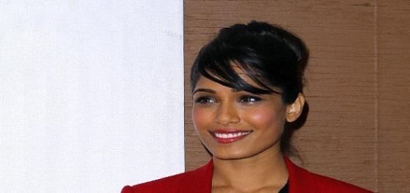 Freida Pinto é modelo e atriz indiana