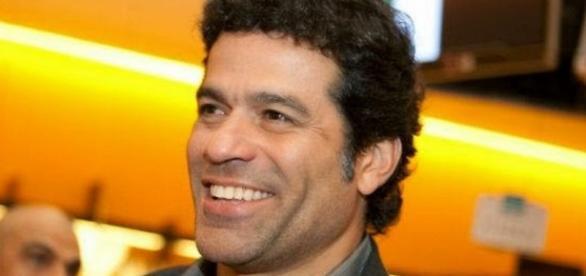 Globo usa hino gay para falar de Raí