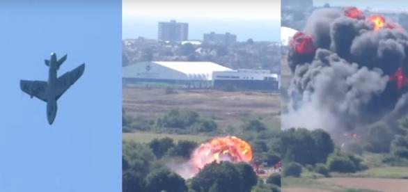 Avion prăbușit la un miting aviatic