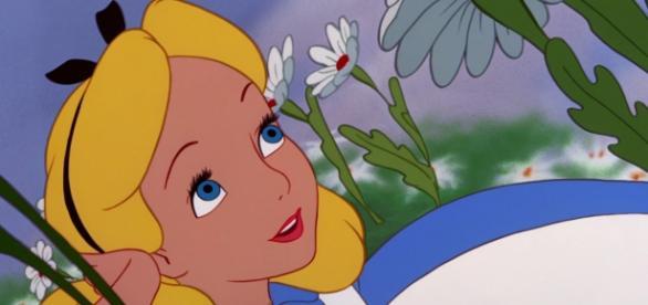 Clássico Alice no país das maravilhas