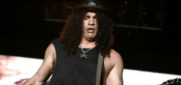 Slash recompuso su vínculo con Axl Rose