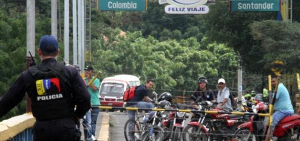 Paso fronterizo entre ambos países sigue cerrado