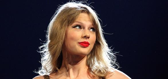 Taylor Swift está no topo das paradas americanas.