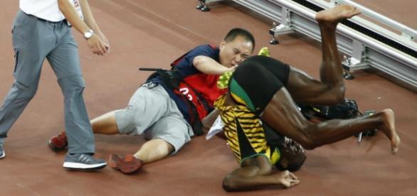 Momento en el Usain Bolt fue atropellado