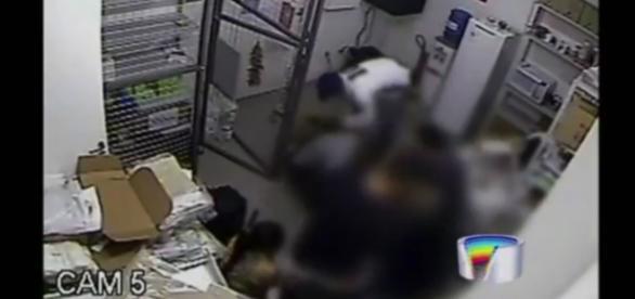 Bandidos levaram equipamentos e produtos da loja