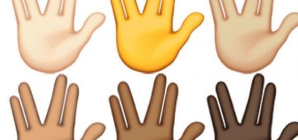 Gesto de emoticon imitando Sr. Spock