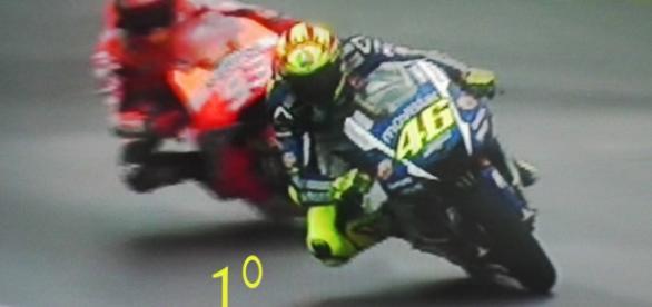 Valentino Rossi a Silverstone mette tutti in riga