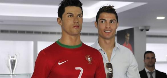 Cristiano Ronaldo vai ter uma estátua sua em casa.