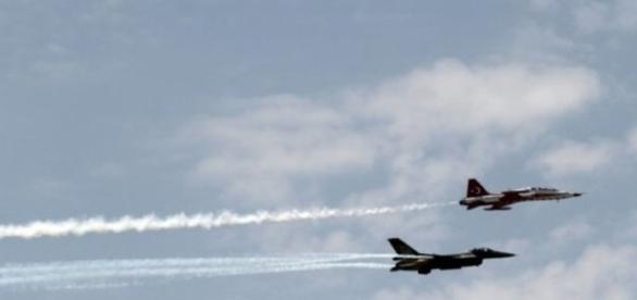 L'aviation turque frappe l'EI en Syrie