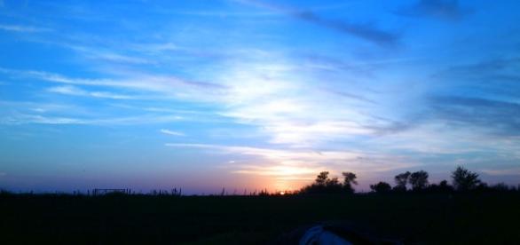 amanecer de invierno en zona rural