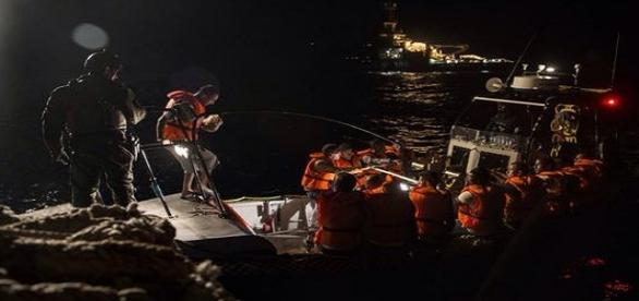Rescate y traslado de inmigrantes. MSF