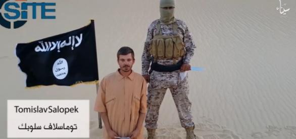 Tomislav secuestrado por ISIS.