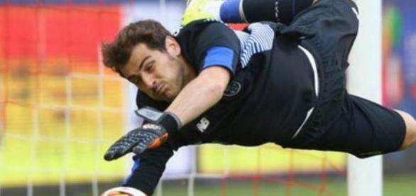 Casillas será la atracción del Porto 2015-16