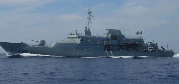 Nava LE Niamh-misiune umanitară în Mediteranatera