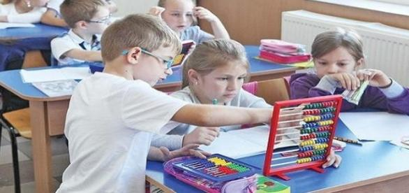 Anul acesta școala ar putea începe pe 5 septembrie