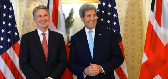 Hammond (left) with John Kerry last year.