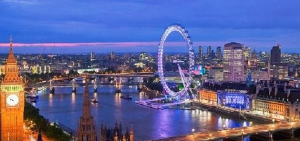 Reino Unido oferece bolsas de estudos