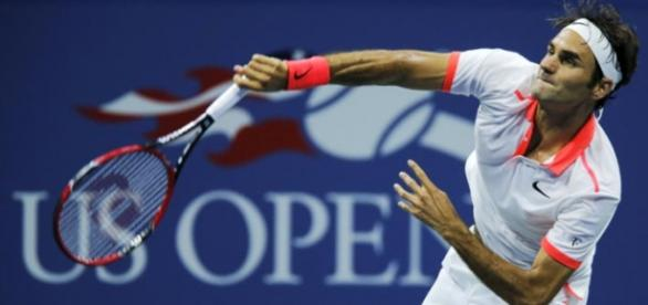 Federer volvió a lucir impecable