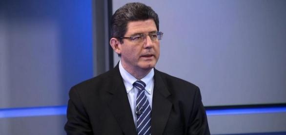 Levy diz que Dilma não falhou, mas fala em cortes