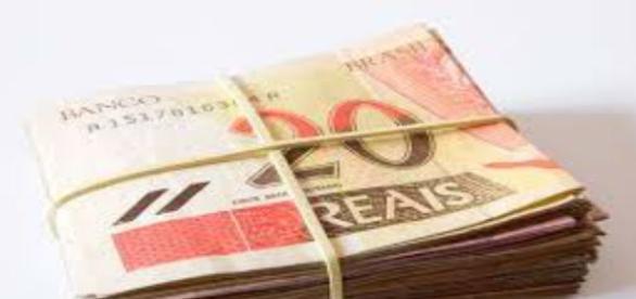A crescente desvalorização do nosso pobre dinheiro