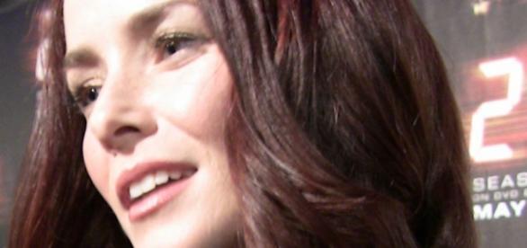 Annie Wersching als Lily Salvatore